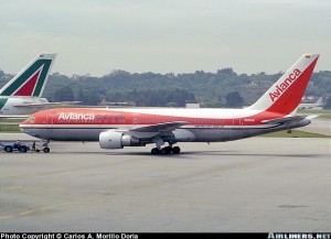 Boeing 767 de Avianca con su anterior livery. En Airliners