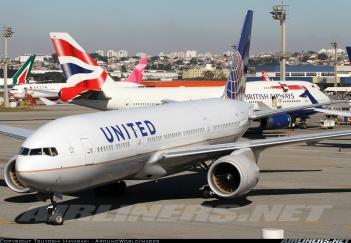 Aerolíneas de todas partes del mundo se ven en esta foto de Tsuyoshi Hayasaki en Airliners en Sao Paulo