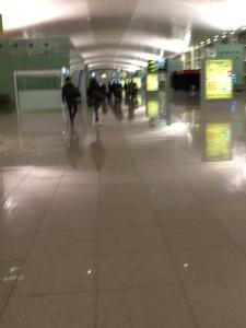 Interior del aeropuerto de Barcelona