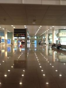 Interior del aeropuerto El Prat