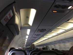 Interior de la cabina durante el vuelo