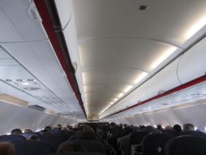 Cabina de pasajeros durante el vuelo