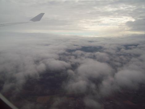 Día nublado en Frankfurt. Tomada a bordo de un A340-600 de Lufthansa