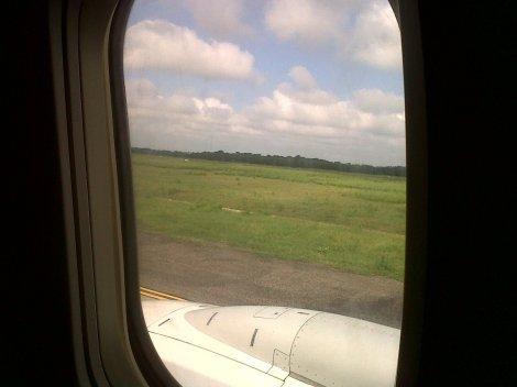 B737 de LAN recién aterrizado en Barranquilla