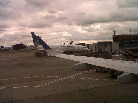 B737 de Copa Airlines desde un E190