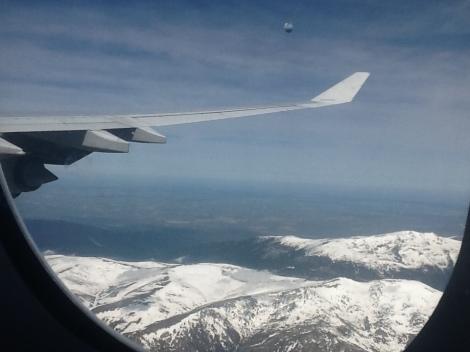 Sobrevolando la Sierra Madrileña a bordo de un A340-600 de Iberia rumbo a Bogotá