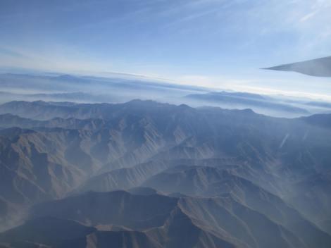 Sobrevolando los Andes desde un Bae 146 de Star Perú