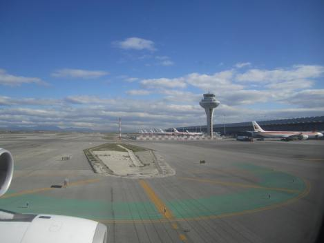 Se ve claramente quién es el 'dueño del aviso' en Madrid Barajas, desde el A340-600 de Iberia
