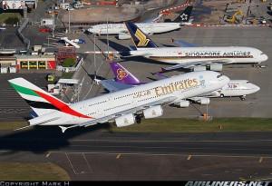 En esta foto de Mark H en Airliners, cuatro diferentes alternativas de hacer la Kangaroo Route