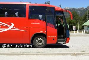 Bus de Tas-Choapa entre Bariloche y Puerto Montt