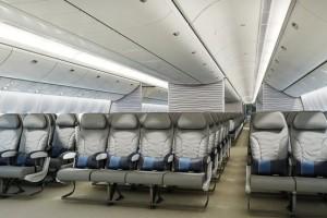 10 sillas por fila. Casi estándar para Boeing. Airbus no puede llegar a eso. En The Wall Street Journal
