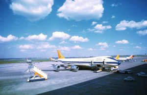 B747-200 de SAA en Johannesburgo. De Plinioilvecchio en Panoramio, vía iShosholoza del Blog de Banderas
