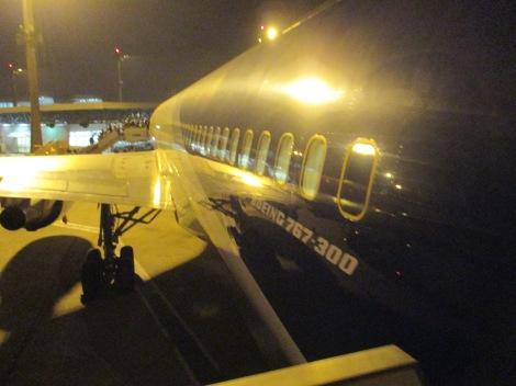 Abordando el B767-300ER de LAN por la puerta trasera
